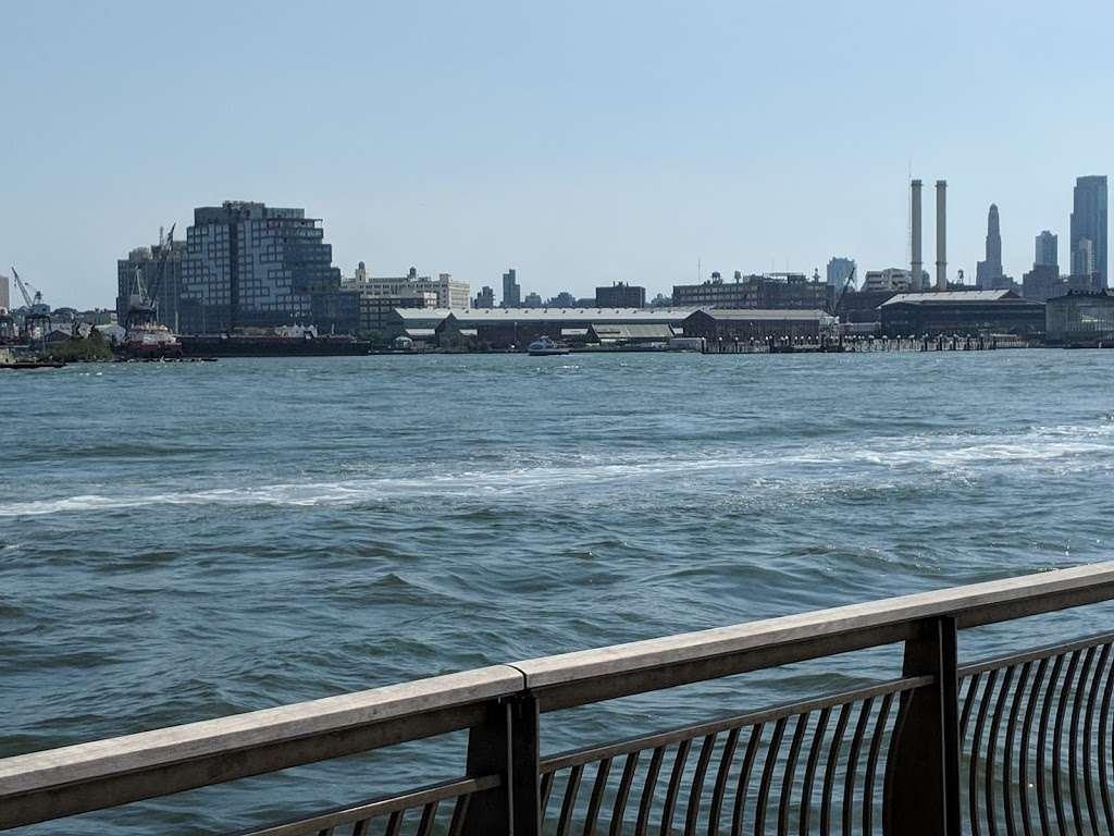 East River Promenade - park  | Photo 10 of 10 | Address: East River Promenade, New York, NY 10002, USA