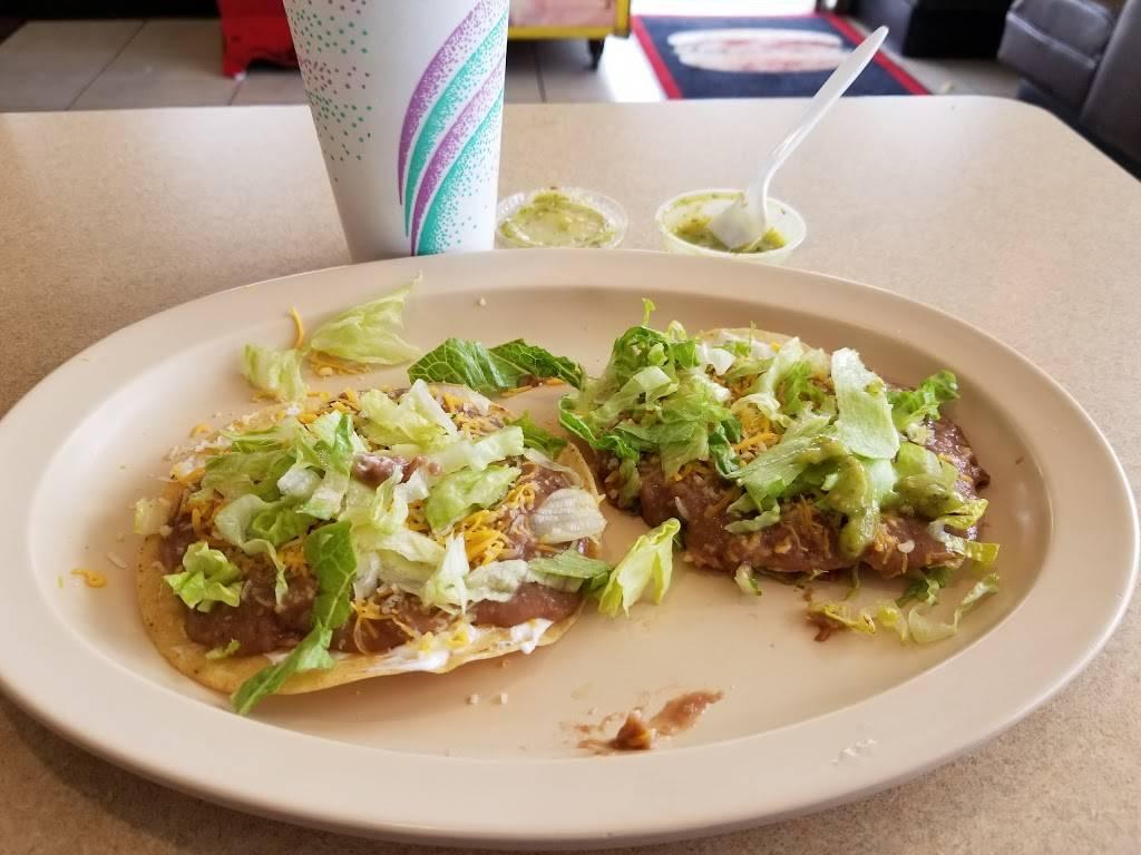 Jolly Boy Burgers - restaurant  | Photo 3 of 7 | Address: 2041, 6832 E Gage Ave, Bell Gardens, CA 90201, USA | Phone: (562) 927-1658