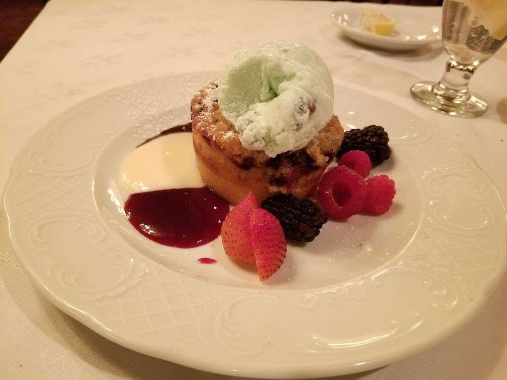 Michael's of Brooklyn - restaurant  | Photo 6 of 10 | Address: 2929 Avenue R, Brooklyn, NY 11229, USA | Phone: (718) 998-7851