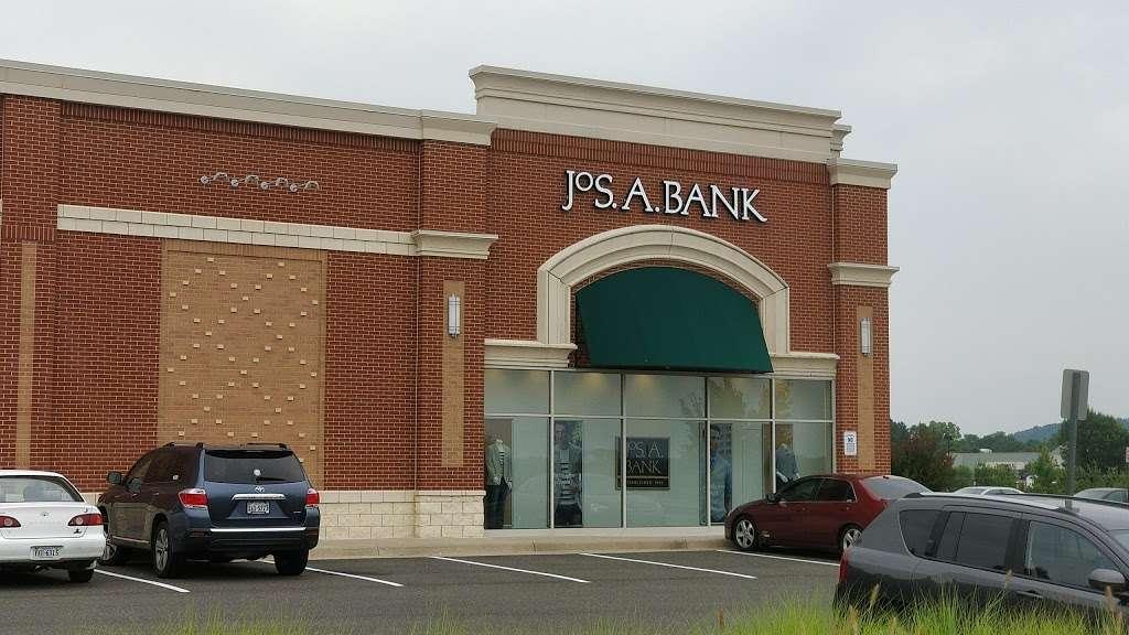 Jos. A. Bank - shoe store  | Photo 2 of 10 | Address: 476 Fletcher Dr, Warrenton, VA 20186, USA | Phone: (540) 428-8506