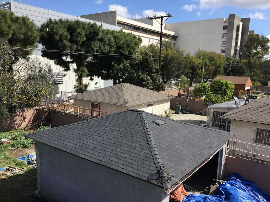 Gonzalez Roofing INC - roofing contractor  | Photo 8 of 10 | Address: 600 S Locust Cir, Compton, CA 90221, USA | Phone: (323) 434-0309