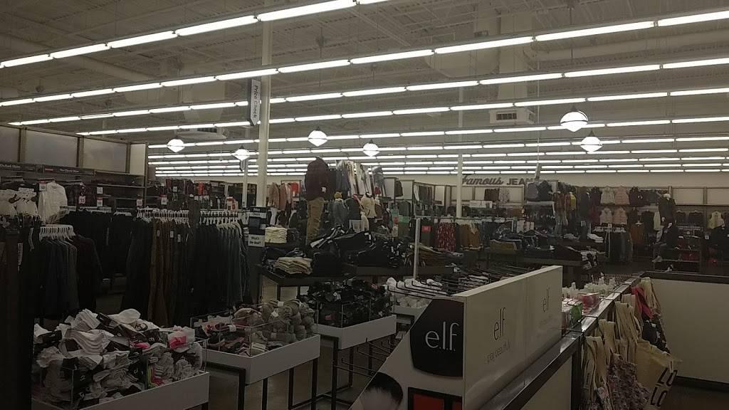 Old Navy - clothing store  | Photo 4 of 8 | Address: 3687 Stone Creek Blvd, Cincinnati, OH 45251, USA | Phone: (513) 245-0286