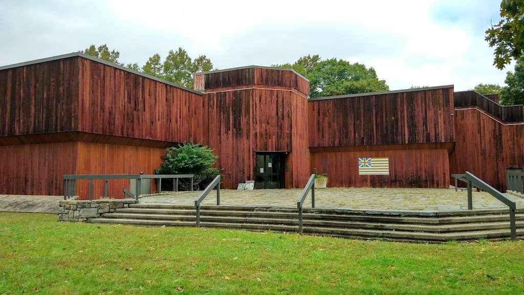 Fort Lee Historic Park - park  | Photo 7 of 10 | Address: Hudson Terrace, Fort Lee, NJ 07024, USA | Phone: (201) 461-1776