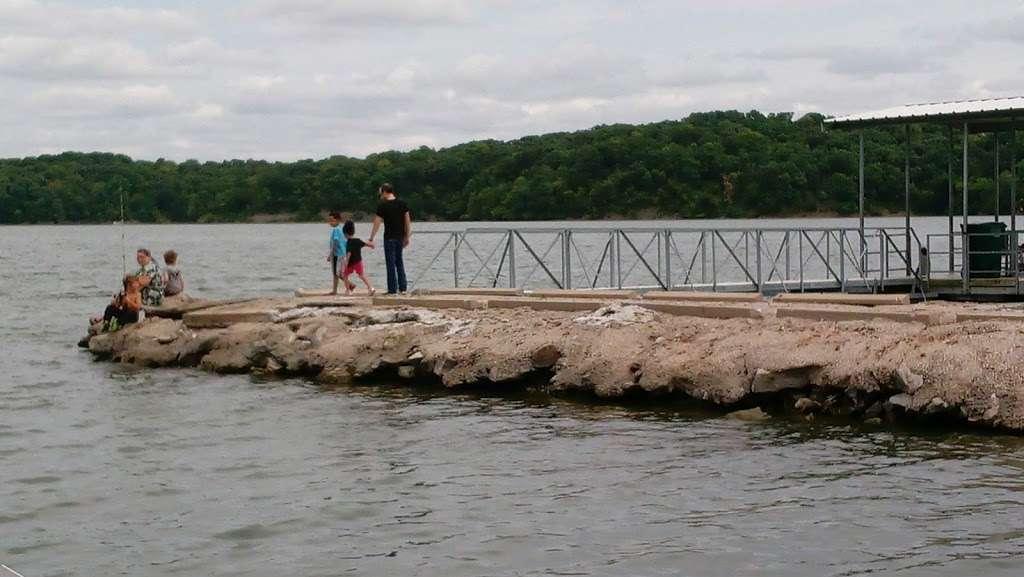 Lake Jacomo Shelter - park  | Photo 2 of 7 | Address: 7401 W Park Rd, Blue Springs, MO 64015, USA | Phone: (816) 795-8888