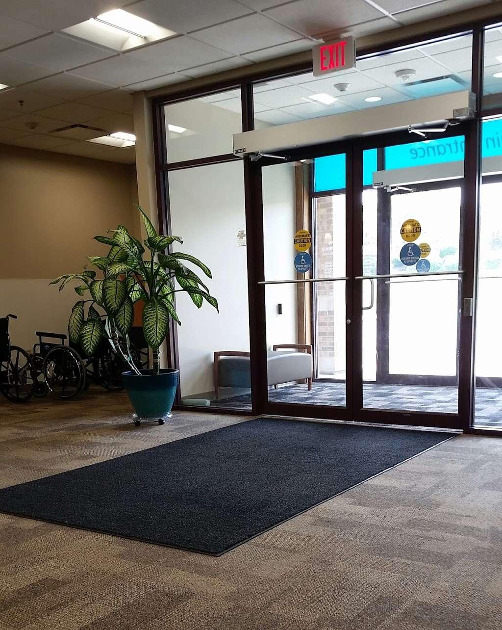Aurora Sports Medicine Rehab Clinic - doctor  | Photo 2 of 2 | Address: 700 Geneva Pkwy N, Lake Geneva, WI 53147, USA | Phone: (262) 249-3500