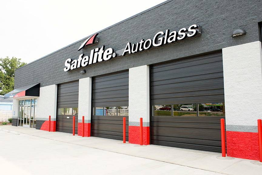 Safelite AutoGlass - car repair  | Photo 2 of 4 | Address: 450 S Maple Grove Rd, Boise, ID 83709, USA | Phone: (877) 664-8932