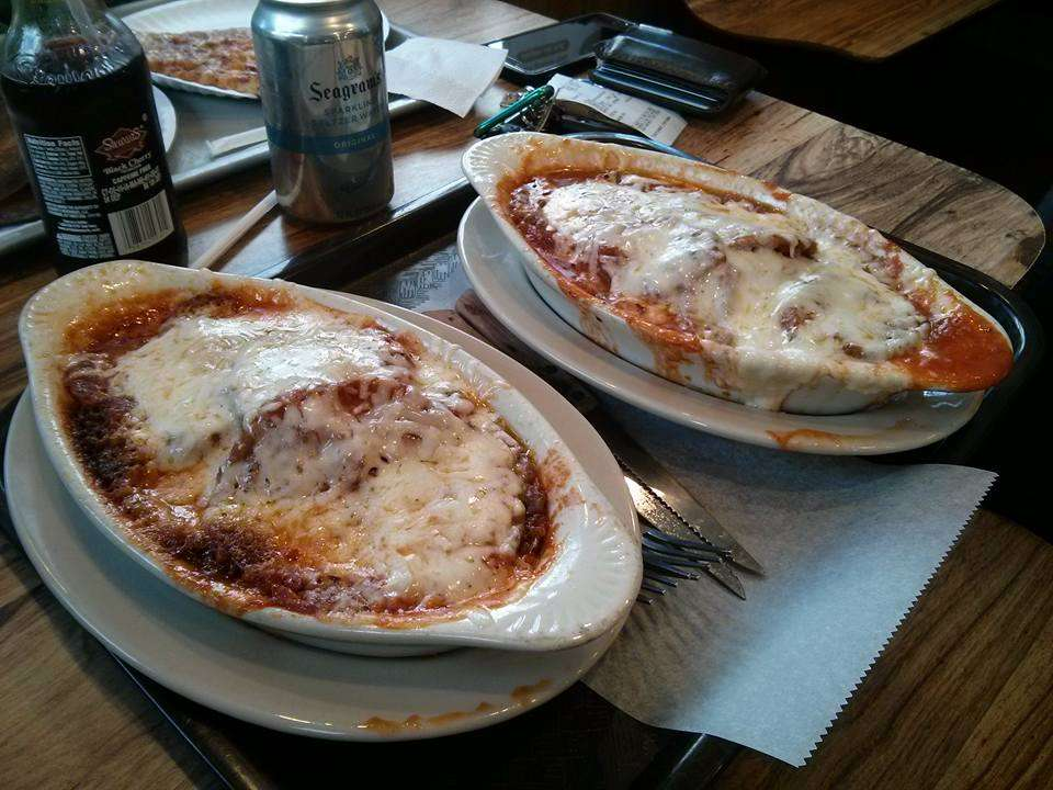 Shimons Kosher Pizza - restaurant  | Photo 2 of 10 | Address: 7124 Main St, Flushing, NY 11367, USA | Phone: (718) 793-1491