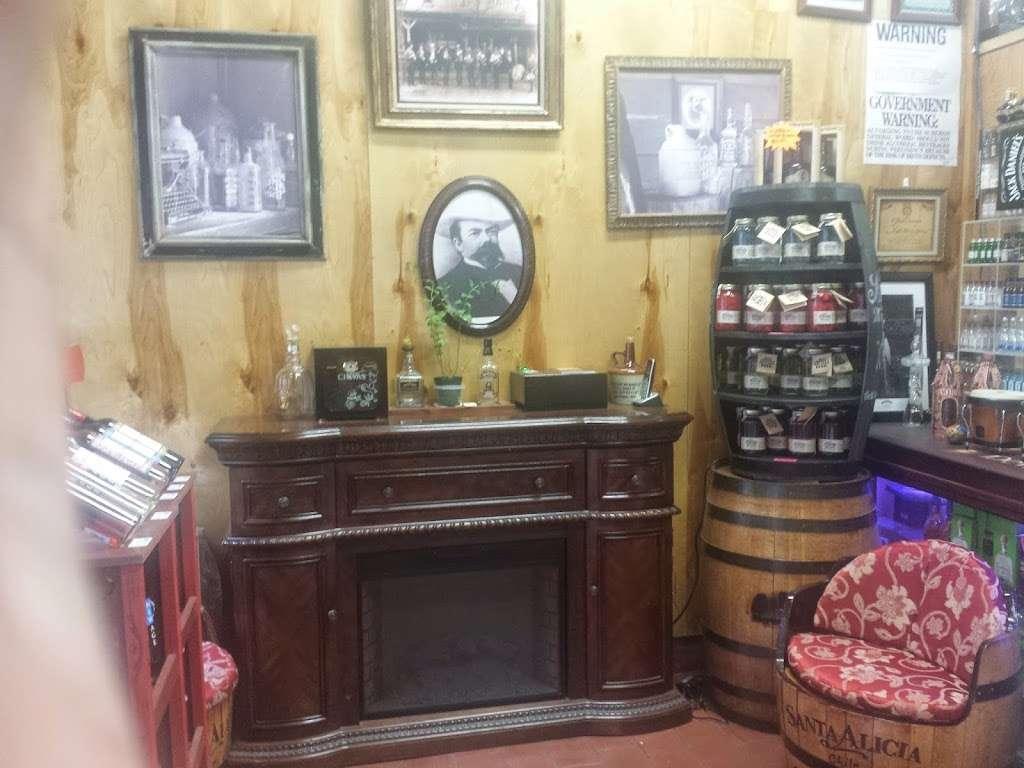 Heights Wine & Spirits Corporation - store  | Photo 9 of 10 | Address: 4474 Broadway, New York, NY 10040, USA | Phone: (646) 726-4102