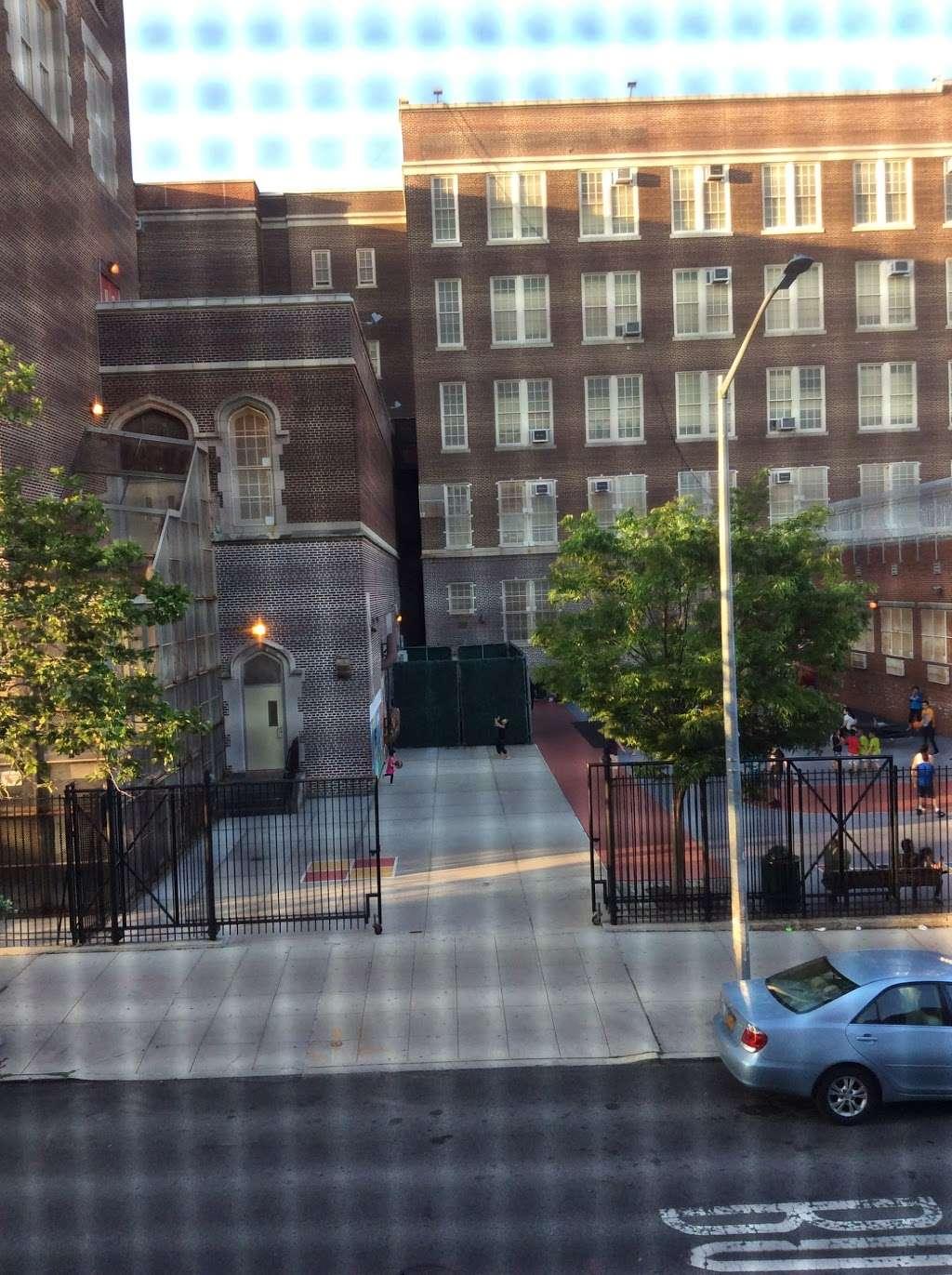Sunset Park School - school  | Photo 9 of 10 | Address: 4305 7th Ave, Brooklyn, NY 11232, USA | Phone: (718) 853-3224