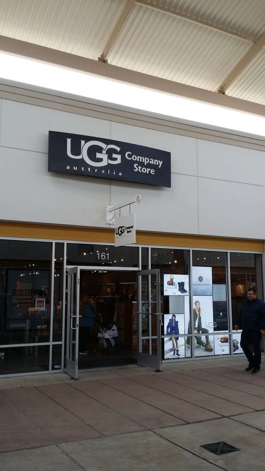 3ae4222a7b5 ugg outlet store locations nj