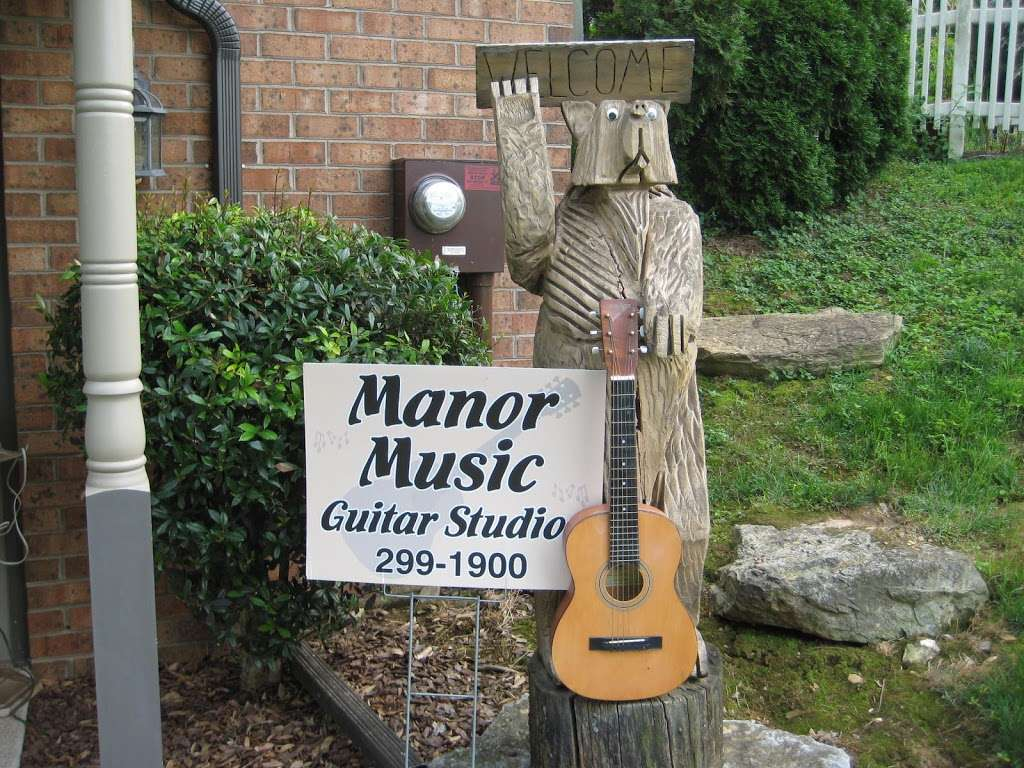 Manor Music - electronics store  | Photo 4 of 10 | Address: 201 Heatherstone Way, Lancaster, PA 17601, USA | Phone: (717) 299-1900