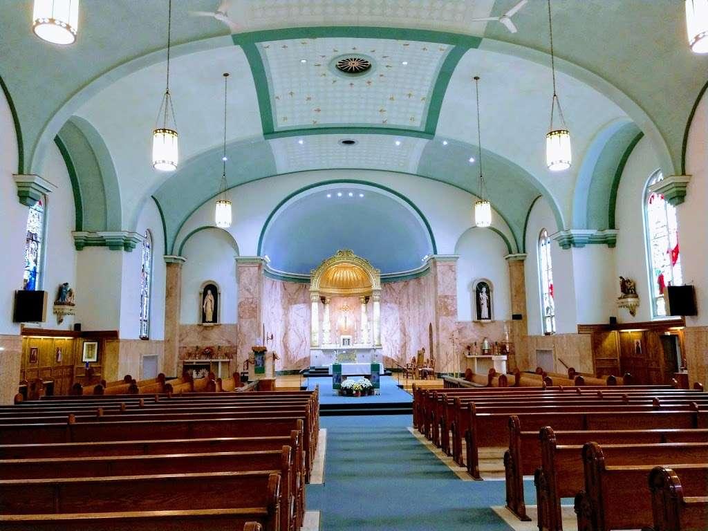 St Augustine Church - church  | Photo 7 of 10 | Address: 2530 S Howell Ave, Milwaukee, WI 53207, USA | Phone: (414) 744-0808