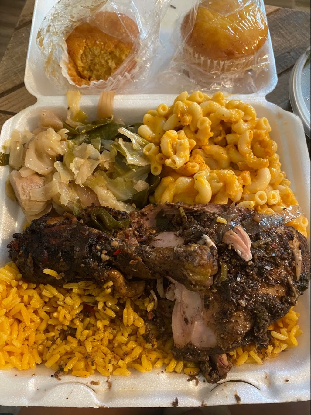Lillie Maes Southern Cafe - meal takeaway    Photo 3 of 6   Address: 3745 N 50th St, Tampa, FL 33619, USA   Phone: (813) 544-4188