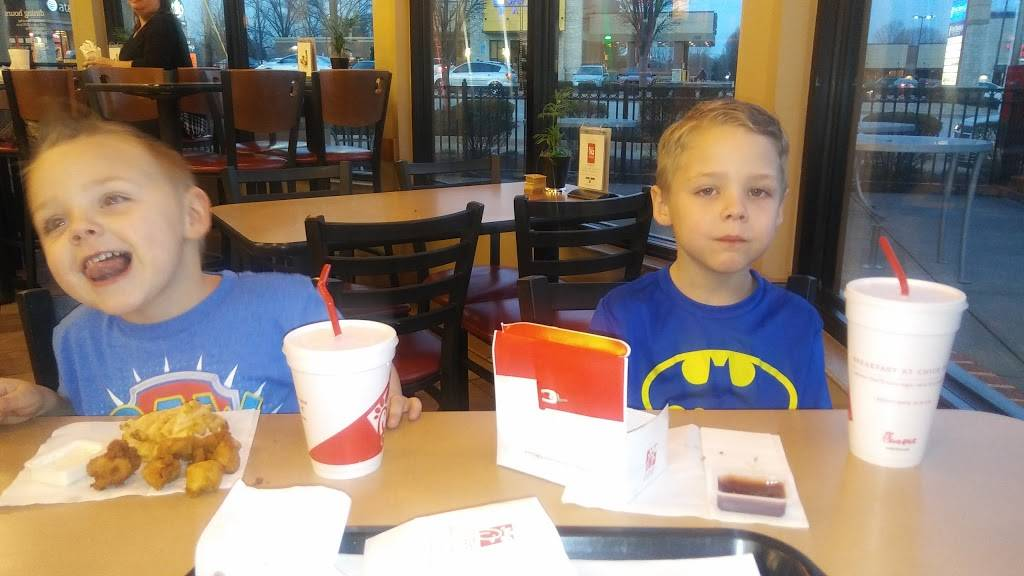 Chick-fil-A - restaurant  | Photo 7 of 10 | Address: 2225 State St, New Albany, IN 47150, USA | Phone: (812) 542-6868