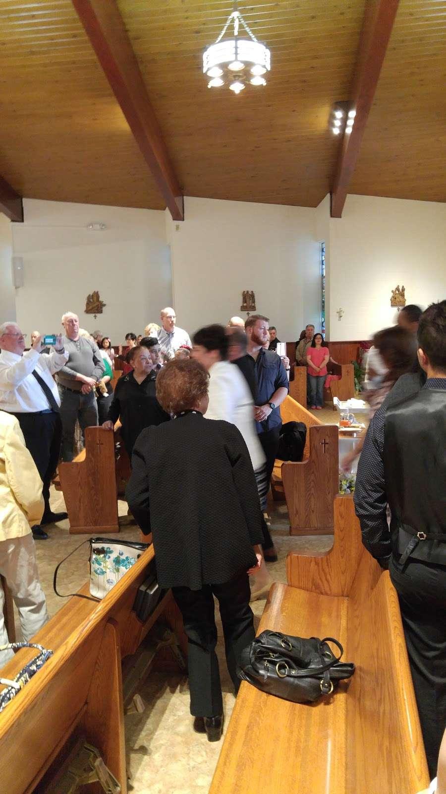 St. Margarets of Cortona Church - church  | Photo 6 of 10 | Address: 31 Chamberlain Ave, Little Ferry, NJ 07643, USA | Phone: (201) 641-2988