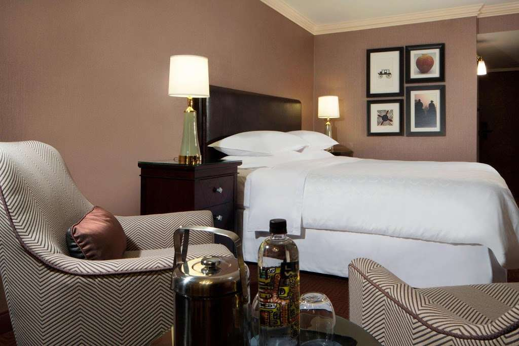 Sheraton DFW Airport Hotel - lodging  | Photo 8 of 10 | Address: 4440 W John Carpenter Fwy, Irving, TX 75063, USA | Phone: (972) 929-8400