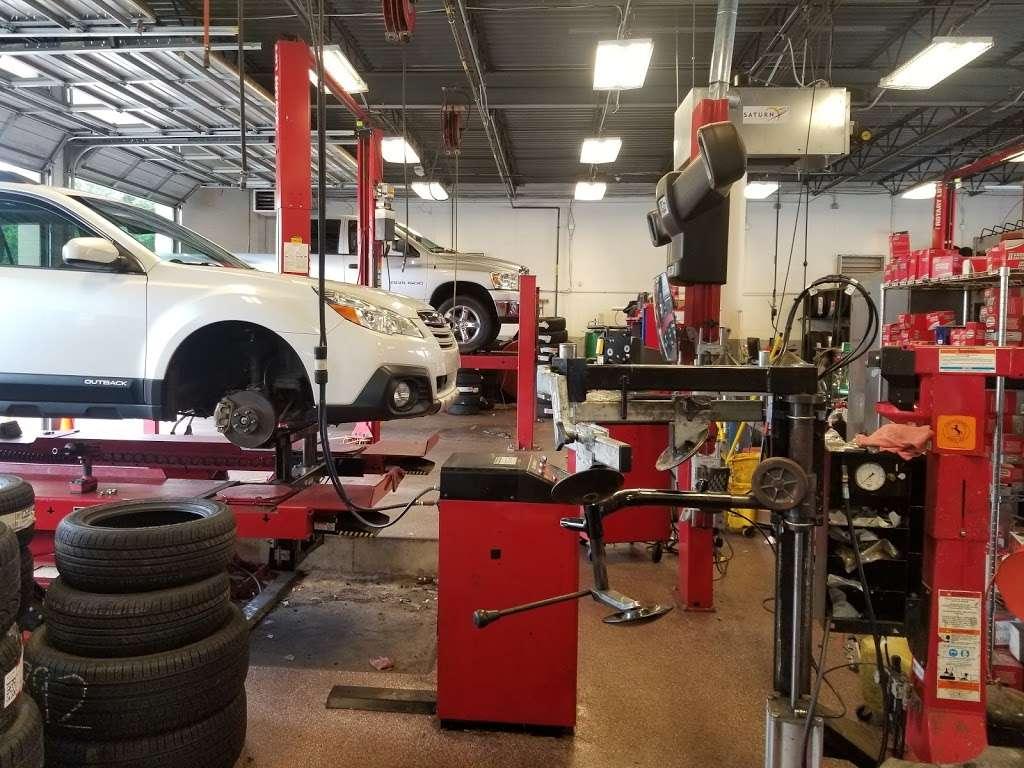 Mavis Discount Tire - car repair  | Photo 1 of 10 | Address: 15054 Idlewild Rd, Matthews, NC 28104, USA | Phone: (980) 290-5118