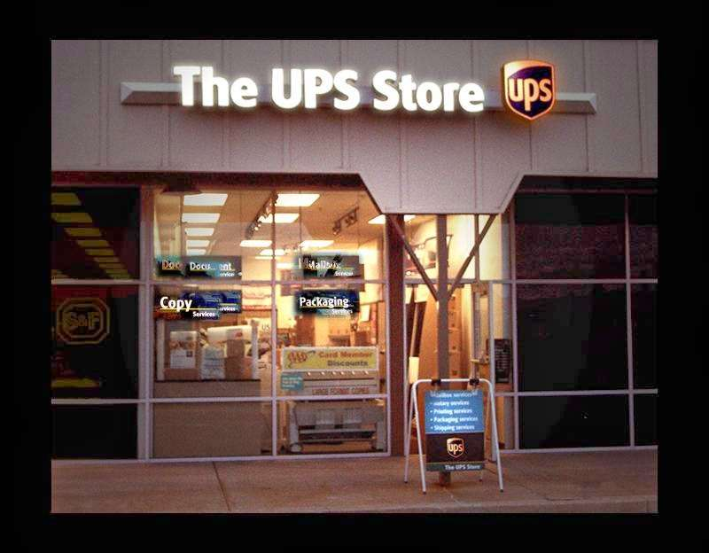 The UPS Store - store  | Photo 3 of 3 | Address: 320 Commons Dr, Parkesburg, PA 19365, USA | Phone: (610) 857-2240