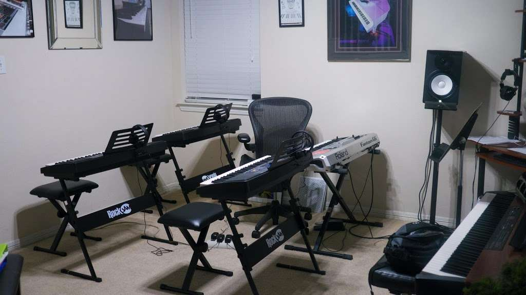 Piano Vibes - electronics store  | Photo 1 of 10 | Address: 4502 Taino Dr, Baytown, TX 77521, USA | Phone: (832) 244-2498