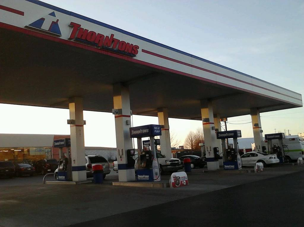 Thorntons - convenience store  | Photo 5 of 7 | Address: 3909 US-31E, Clarksville, IN 47129, USA | Phone: (812) 283-7881
