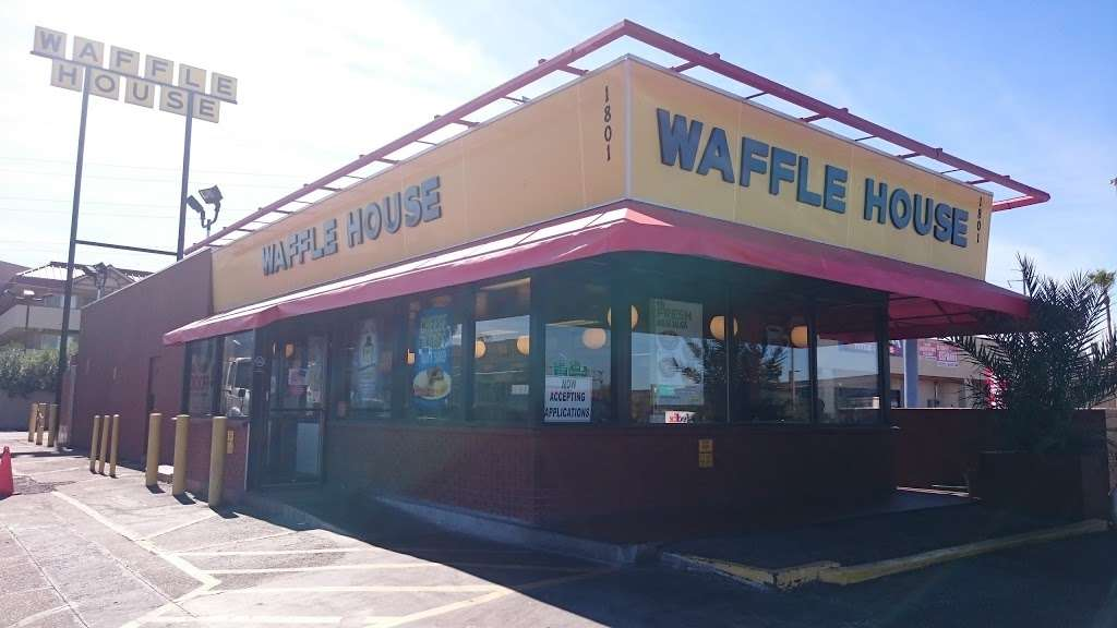 Waffle House - meal takeaway  | Photo 4 of 9 | Address: 1801 W Baseline Rd, Guadalupe, AZ 85283, USA | Phone: (480) 838-6407