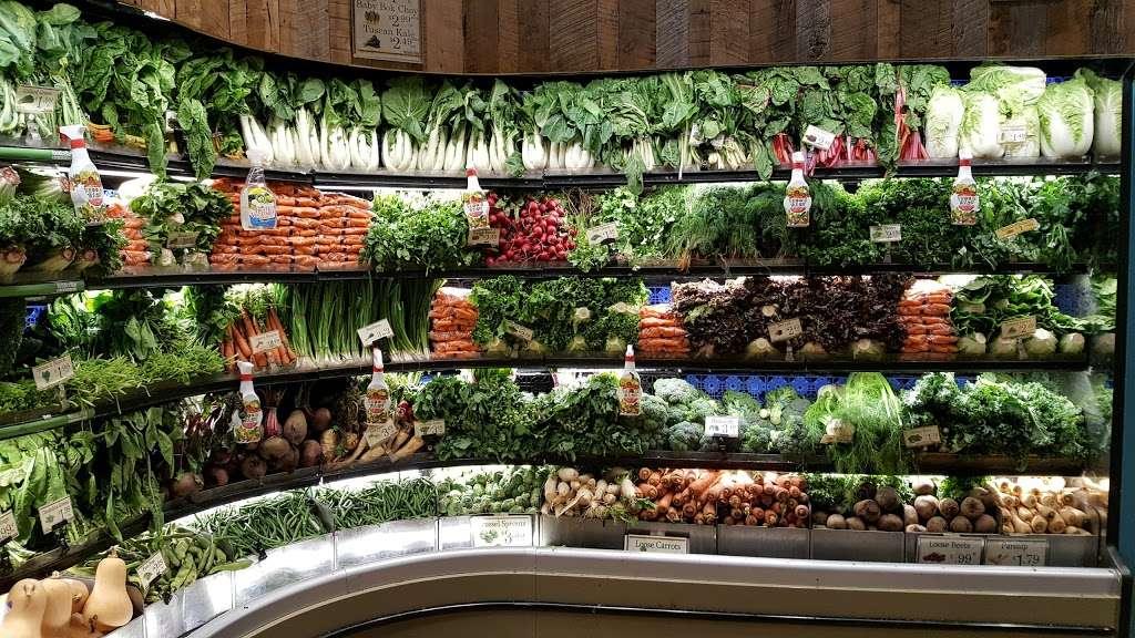 Foodcellar & Co. - supermarket  | Photo 3 of 10 | Address: 43-18 Crescent St, Long Island City, NY 11101, USA | Phone: (718) 606-1888
