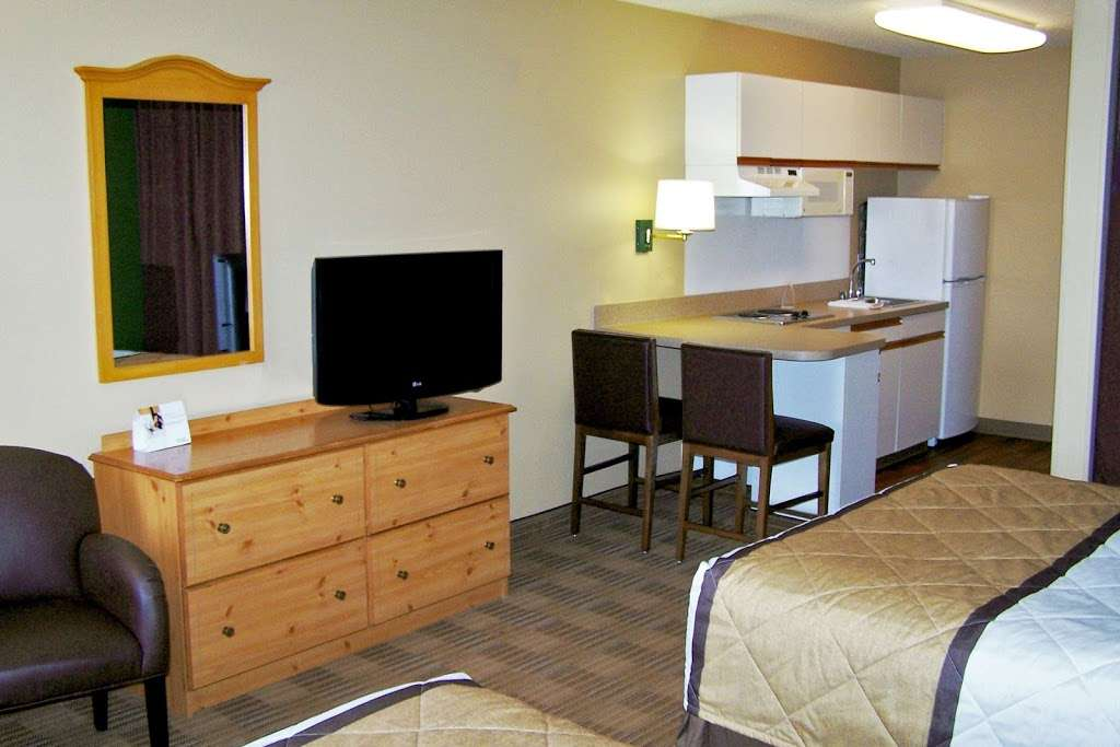 Extended Stay America - Dallas - DFW Airport N. - lodging  | Photo 6 of 10 | Address: 7825 Heathrow Dr, Irving, TX 75063, USA | Phone: (972) 929-3333
