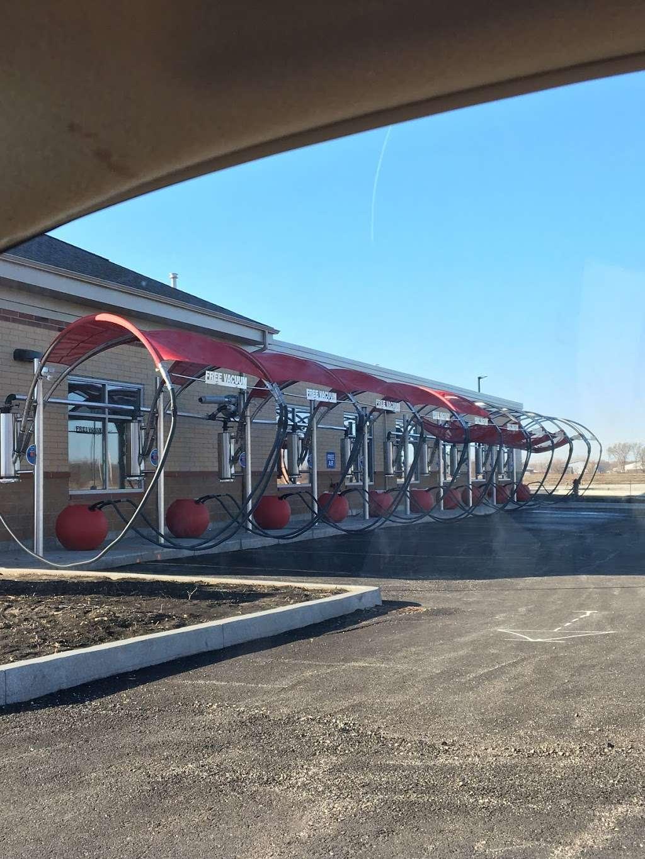 Exxon Wash n Run - gas station  | Photo 4 of 5 | Address: 14602 W Laraway Rd, New Lenox, IL 60451, USA