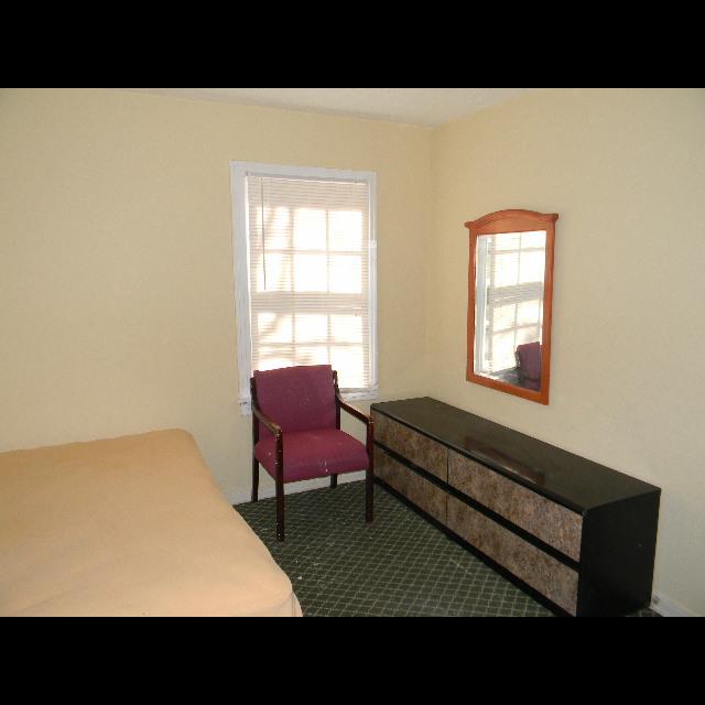Sherman Rooming House - lodging  | Photo 4 of 10 | Address: 7026 Sherman St, Houston, TX 77011, USA | Phone: (713) 926-9551