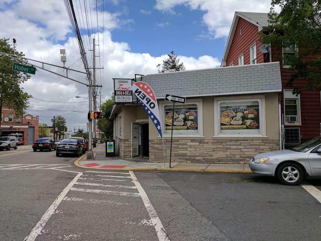 TowneBBQ - restaurant    Photo 4 of 10   Address: 1554 Paterson Plank Rd, Secaucus, NJ 07094, USA   Phone: (201) 210-2222