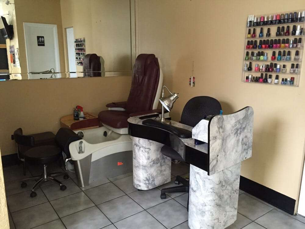 Blessed Land Dominican Hair Salon - hair care  | Photo 4 of 7 | Address: 12730 Twinbrook Pkwy, Rockville, MD 20852, USA | Phone: (301) 230-1511