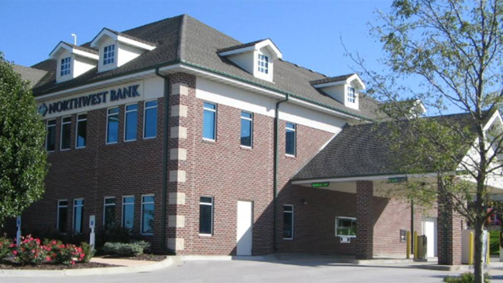 Northwest Bank - bank  | Photo 1 of 2 | Address: 9719 Giles Rd, La Vista, NE 68128, USA | Phone: (402) 537-0300