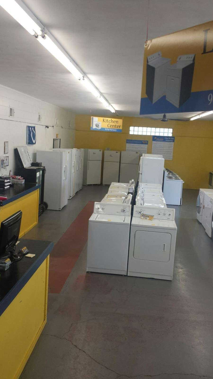 Big Jons Used Appliances - home goods store    Photo 3 of 9   Address: 2678 E Main St, Plainfield, IN 46168, USA   Phone: (317) 268-6880