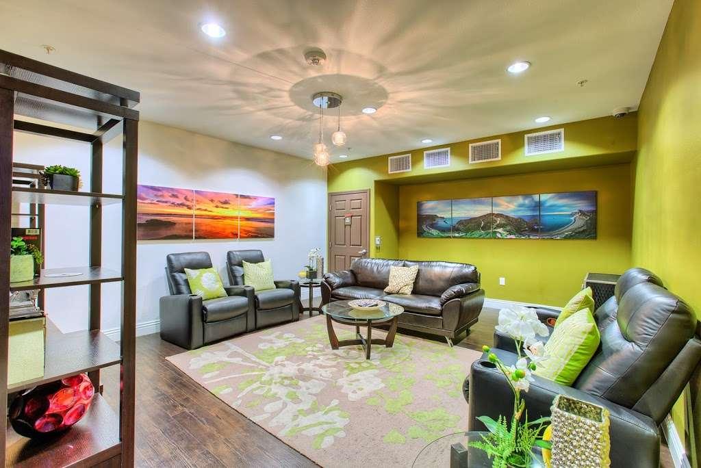 Tempo Senior Apartments - real estate agency  | Photo 1 of 10 | Address: 5625 S Hollywood Blvd, Las Vegas, NV 89122, USA | Phone: (702) 990-2771