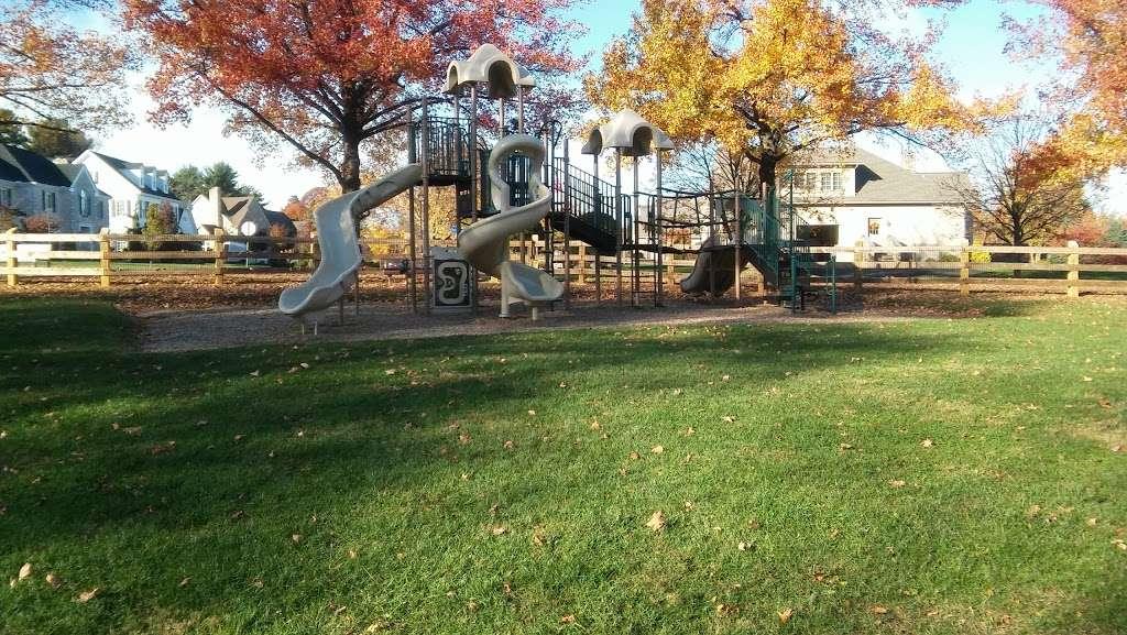 Lindberg Park - park  | Photo 6 of 10 | Address: 2800 Lindberg Ave, Allentown, PA 18103, USA | Phone: (484) 484-4848