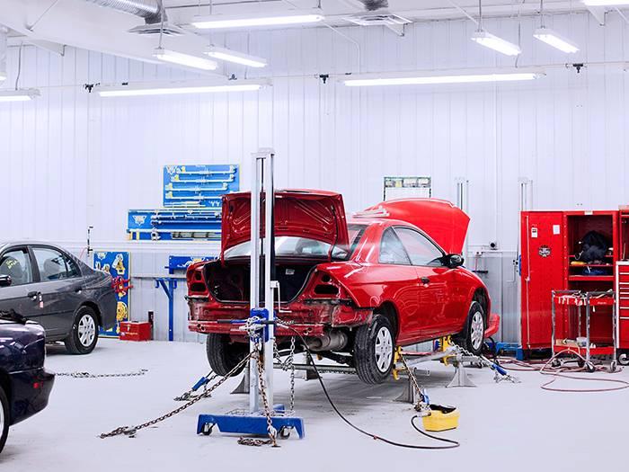 Gerber Collision & Glass - car repair  | Photo 9 of 10 | Address: 9816 NE US Hwy 301 N, Tampa, FL 33637, USA | Phone: (813) 988-4332