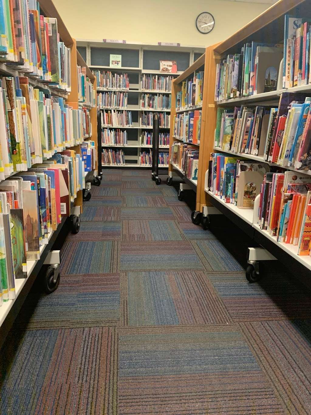 Queens Public Library at Laurelton - library  | Photo 1 of 1 | Address: 134-26 225th St, Springfield Gardens, NY 11413, USA | Phone: (718) 528-2822