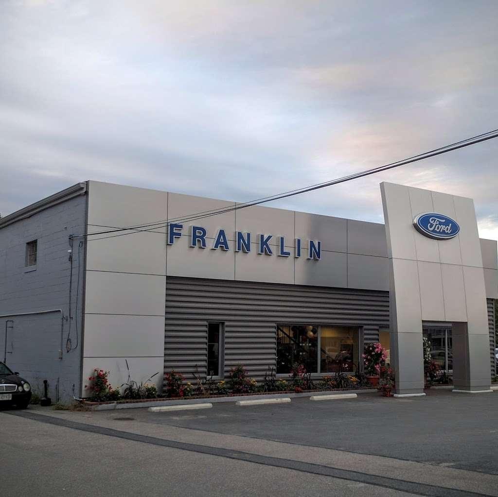 Franklin Ford - car rental  | Photo 3 of 10 | Address: 175 East Central Street, Franklin, MA 02038, USA | Phone: (508) 570-4022