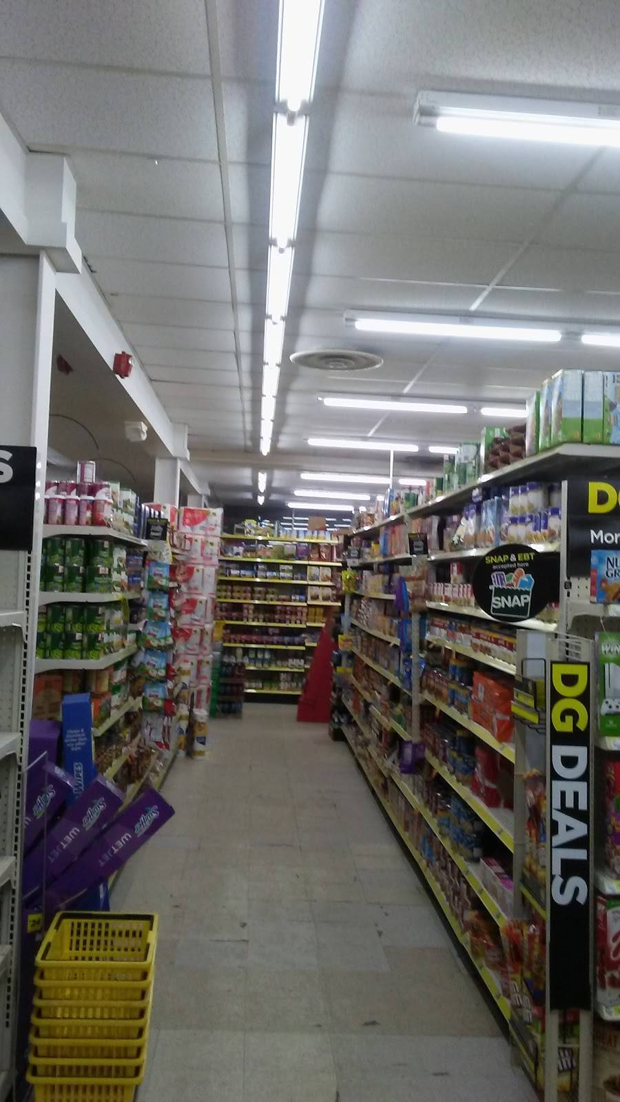 Dollar General - home goods store  | Photo 1 of 6 | Address: 6164 Dunham Rd Ste 6168, Maple Heights, OH 44137, USA | Phone: (216) 810-5077