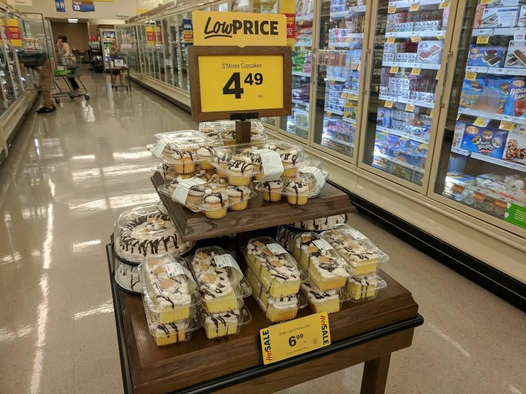 Food Lion - store  | Photo 3 of 8 | Address: 4826 Country Club Rd, Winston-Salem, NC 27104, USA | Phone: (336) 760-2471