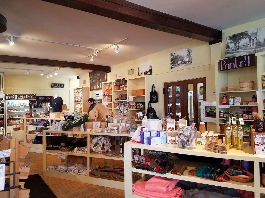 Harvard General Store - cafe  | Photo 2 of 10 | Address: 1 Still River Rd, Harvard, MA 01451, USA | Phone: (978) 430-0062