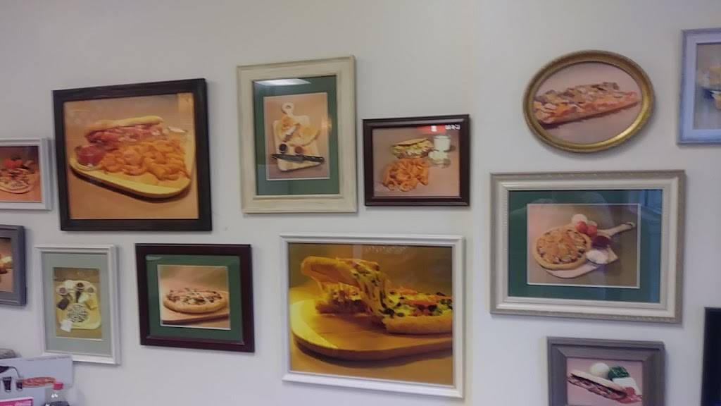 Mama Mias Pizza -St Joe - restaurant  | Photo 8 of 10 | Address: 6656-A St Joe Rd, Fort Wayne, IN 46835, USA | Phone: (260) 485-9777