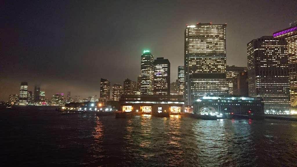 Ferry Manhattan - museum  | Photo 5 of 6 | Address: Upper Bay, New York, NY 10004, USA
