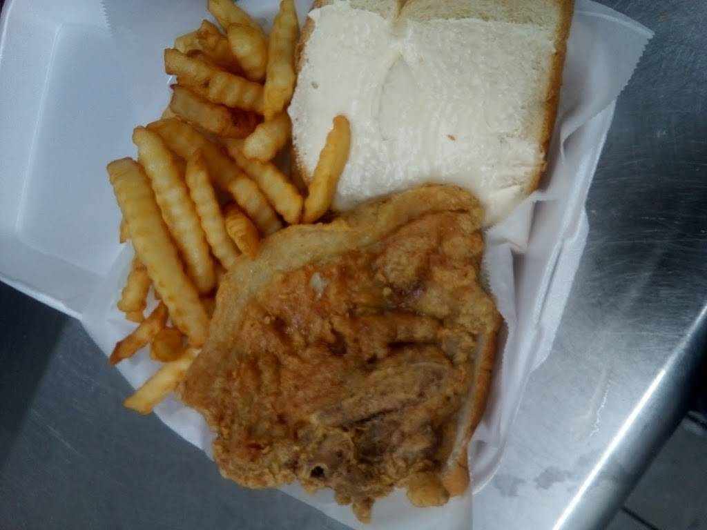 Ednas Soul Food Grille - restaurant  | Photo 7 of 10 | Address: 7002 N 56th St, Tampa, FL 33617, USA | Phone: (813) 369-4530