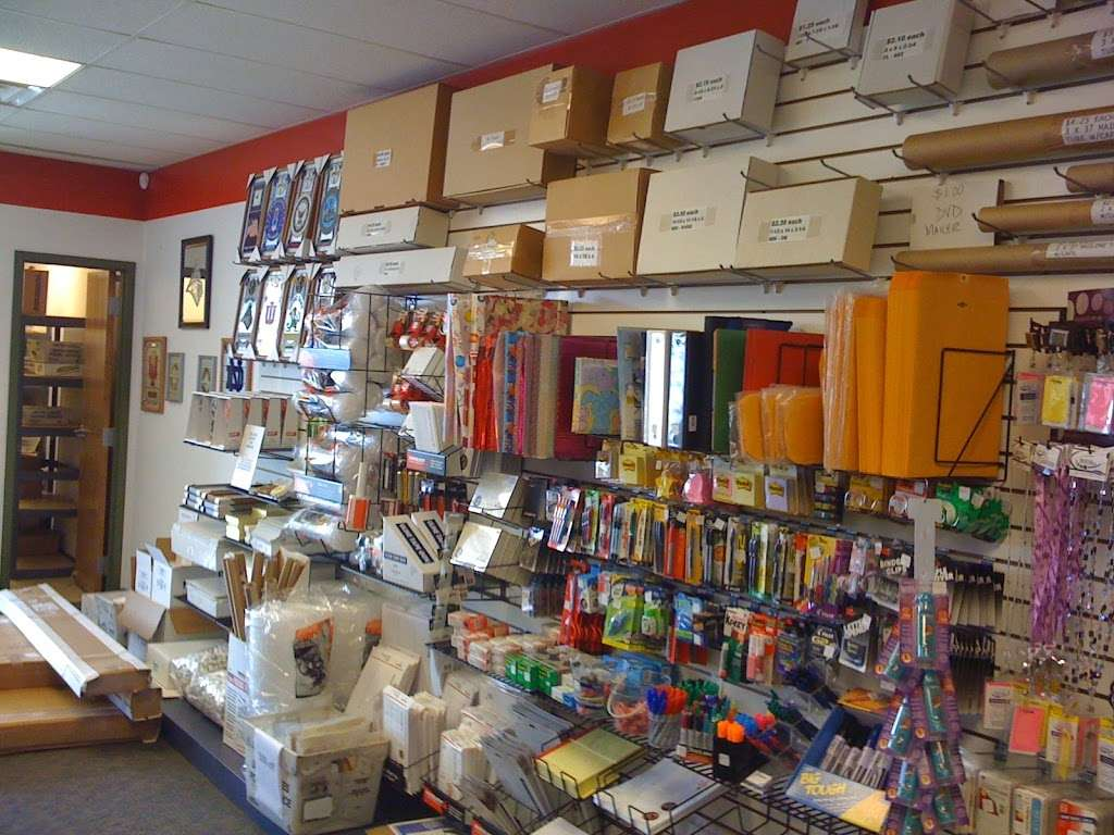 Mailing Station - store  | Photo 3 of 10 | Address: 5868 East 71st Street, #E, Indianapolis, IN 46220, USA | Phone: (317) 841-7506