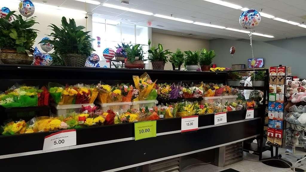Hy-Vee - supermarket  | Photo 9 of 10 | Address: 310 SW Ward Rd, Lees Summit, MO 64081, USA | Phone: (816) 554-2200