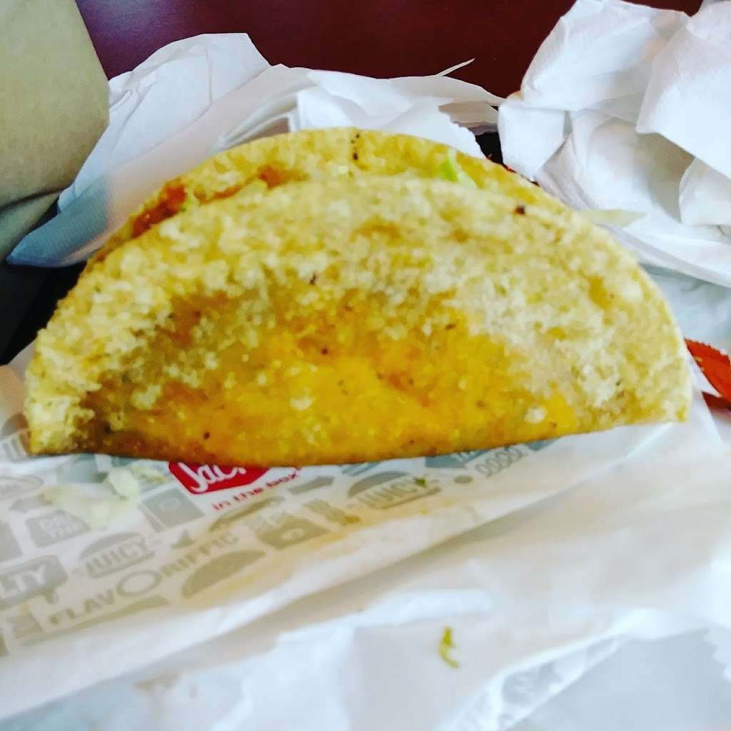 Jack in the Box - restaurant  | Photo 6 of 10 | Address: 5107 East Fwy, Baytown, TX 77521, USA | Phone: (281) 421-2259