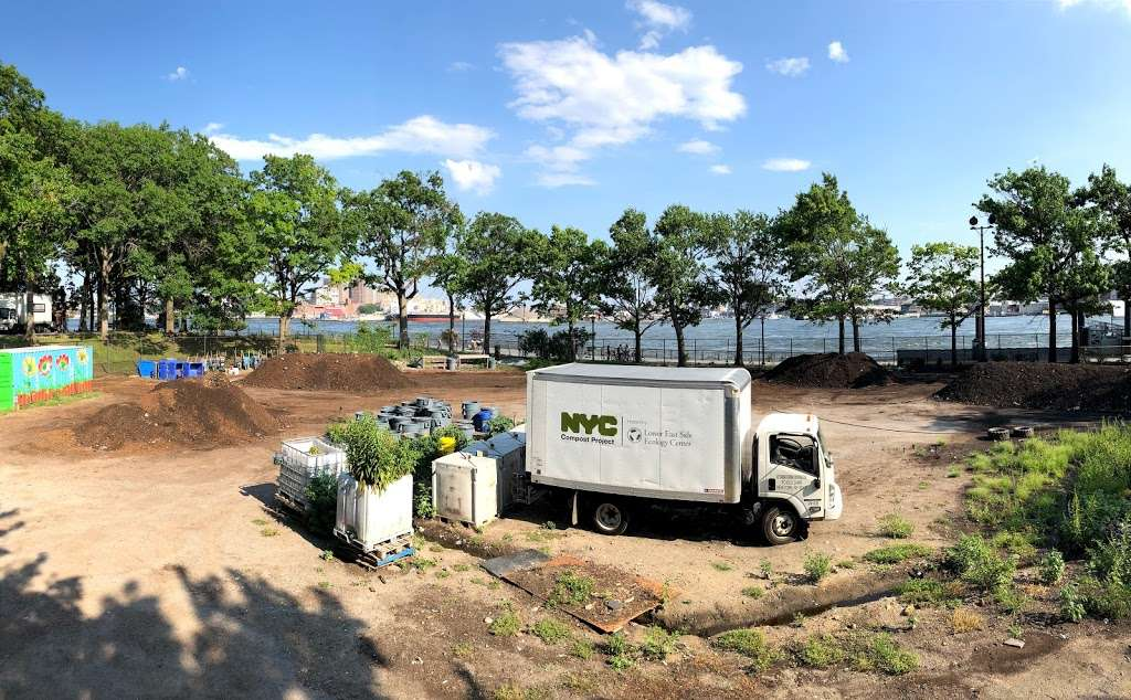 East River Park Compost Yard - park  | Photo 1 of 9 | Address: New York, NY 10002, USA