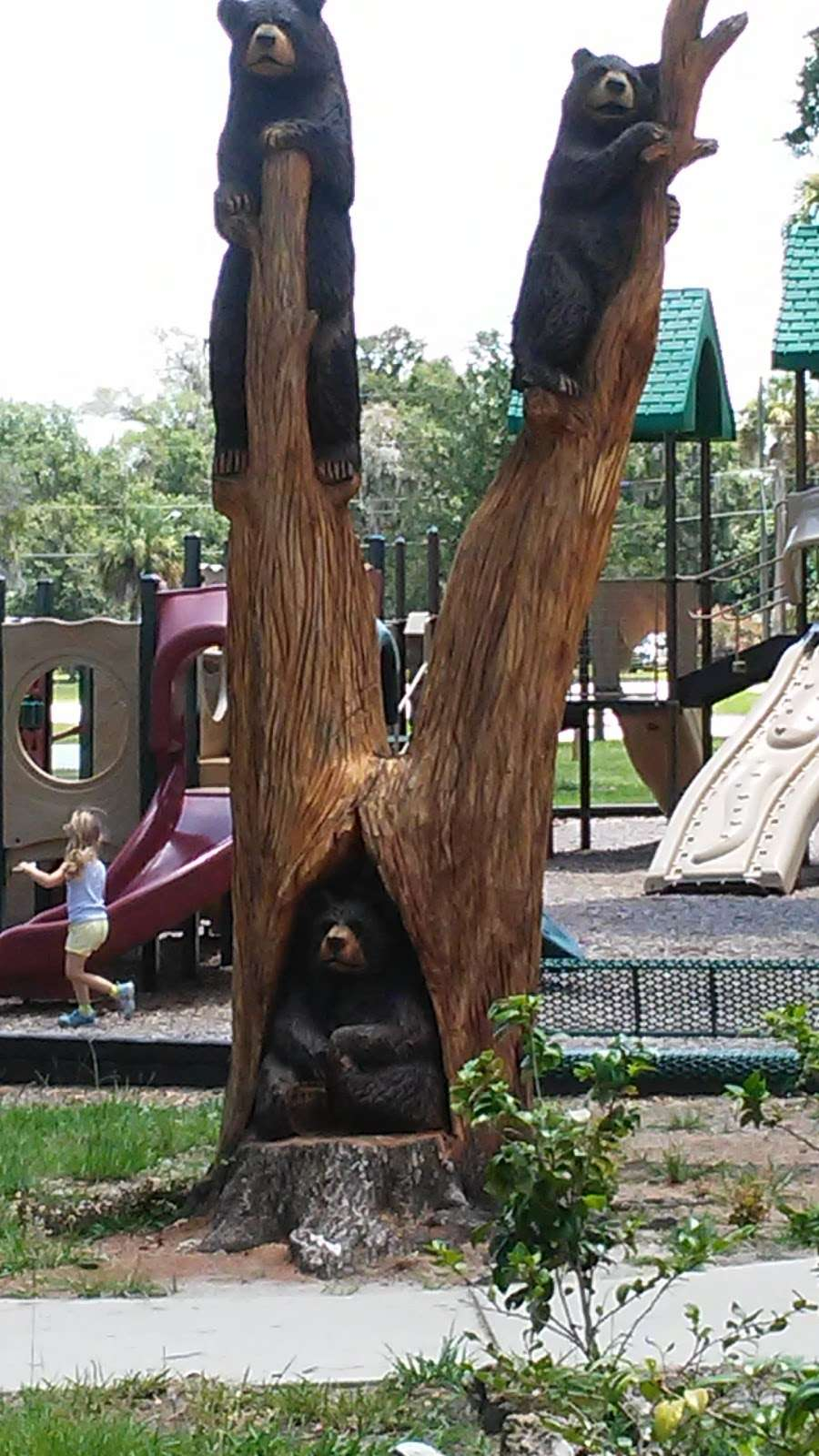 Cadwell Park - park  | Photo 2 of 10 | Address: 1 Cassady St, Umatilla, FL 32784, USA