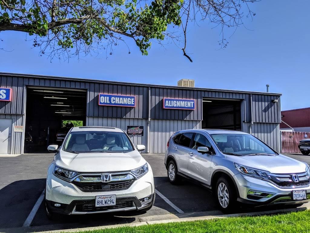 Sunnyside Auto Repair Inc. - car repair    Photo 5 of 7   Address: 5977 E Clinton Ave, Fresno, CA 93727, USA   Phone: (559) 292-1986